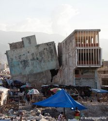 Truemmerlandschaft in Haiti nach dem Erdbeben