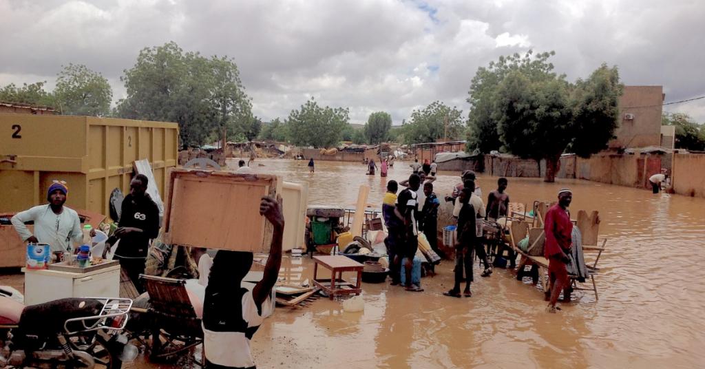 """""""Familien werden durch die Überschwemmungen zurück in extreme Armut rutschen"""""""